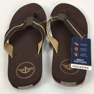 3765f59f8e24 Dockers Shoes - NWT Dockers Men s Thong Flip Flops Brown Comfort